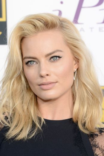 Margot Robbie 2014 Critics Choice Awards
